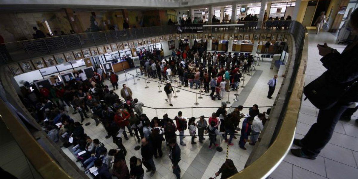 Registro Civil: funcionarios donarán el sueldo a quienes sufran descuentos