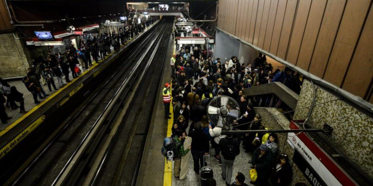 Metro pide a usuarios reportar incidentes sacando fotografías