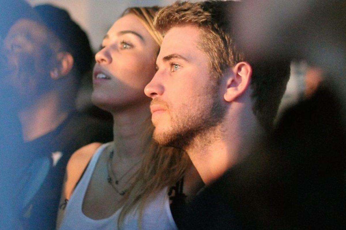 En septiembre, luego de ser captados por los paparazzi en el estadio Staples Center, la pareja confirmó su noviazgo. Foto:Getty Images. Imagen Por: