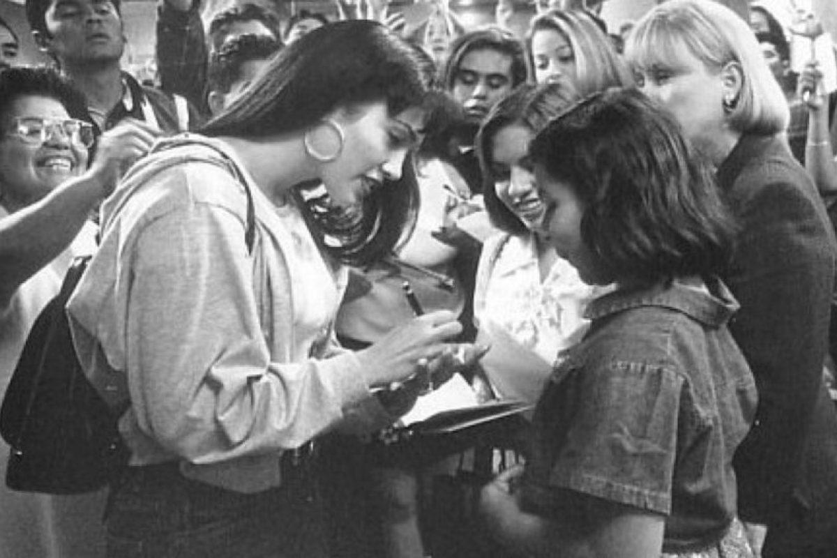 """Si tienes la oportunidad de estar en este negocio por muchos años como yo he tenido la bendición. Siempre pienso en que Selena me enseñó todas esas cosas, a cómo navegar en esta vida"""", comentó en una reciente conferencia de prensa en México Foto:IMDB. Imagen Por:"""