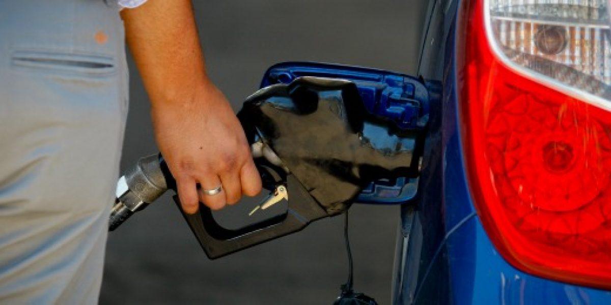 Enap informa de nueva baja en el precio de las bencinas para este jueves