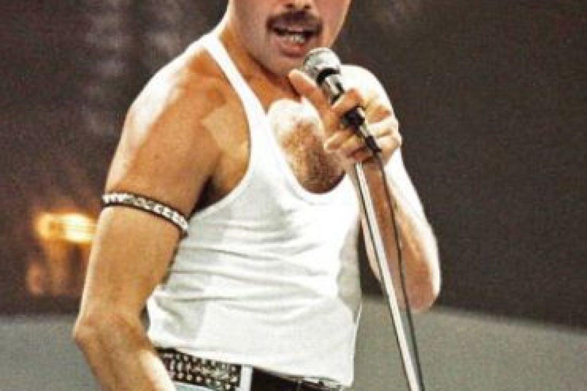 Freddie Mercury es uno de los casos más famosos y dolorosos, sobre todo para sus fans y para la historia del rock y la música en general. Foto:vía Getty Images. Imagen Por: