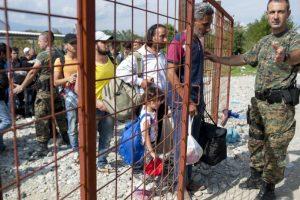 Durante 2015, miles de personas han cruzado la frontera, buscando una vida mejor en otro lugar Foto:AFP. Imagen Por: