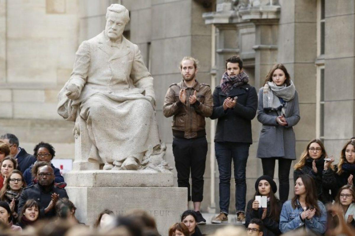 Describa al o los atacantes: ropa, tipo de armas, lo que dicen Foto:AFP. Imagen Por: