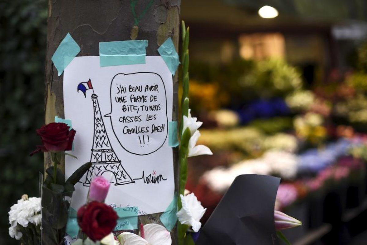 En las imágenes recientemente publicadas se cree que el atacante es el fugitivo Salah Abdeslam Foto:AFP. Imagen Por:
