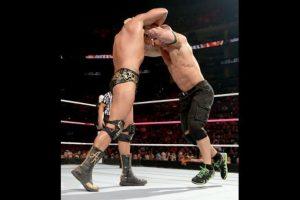 7. Es fan del anime japonés Foto:WWE. Imagen Por: