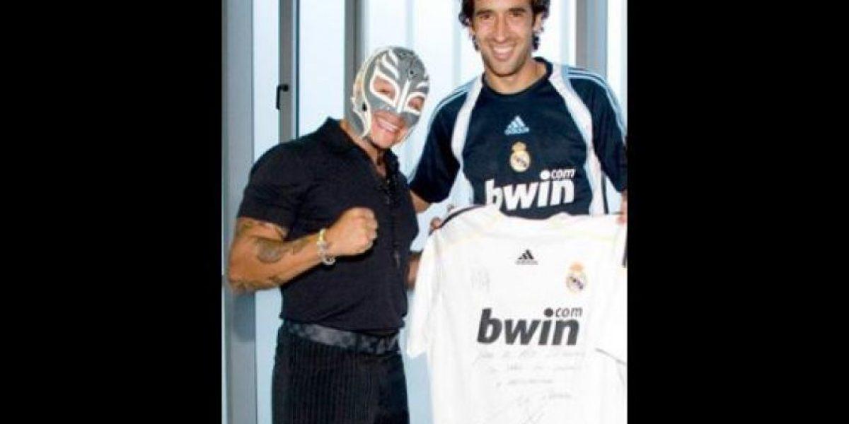 Real Madrid o Barcelona: ¿A quien apoyan los famosos en el Clásico de España?