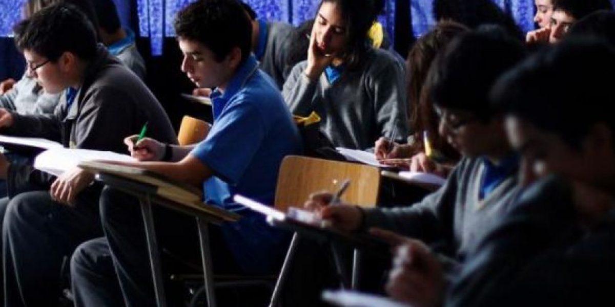 Escándalo en colegio de Concepción tras broma que mandó al baño a todo un cuarto medio