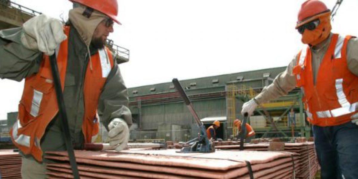 Cuesta abajo en la rodada: precio del cobre sufre undécima baja consecutiva