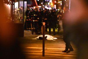 Reportes oficiales señalan que 129 personas perdieron la vida. Foto:Getty Images. Imagen Por:
