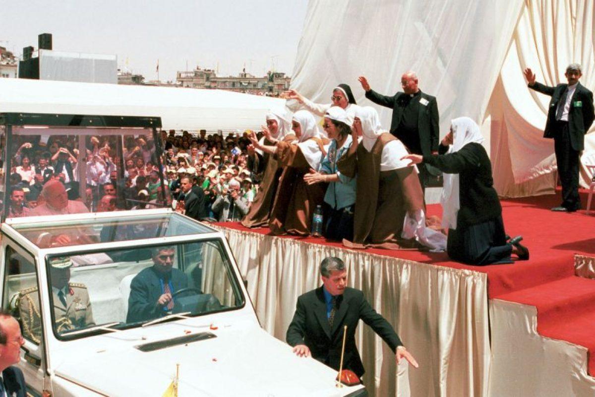 Quien ofició una misa en el Estadio Abbasid Foto:Getty Images. Imagen Por: