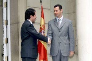Con José María Aznar, presidente del gobierno español en 2001 Foto:Getty Images. Imagen Por: