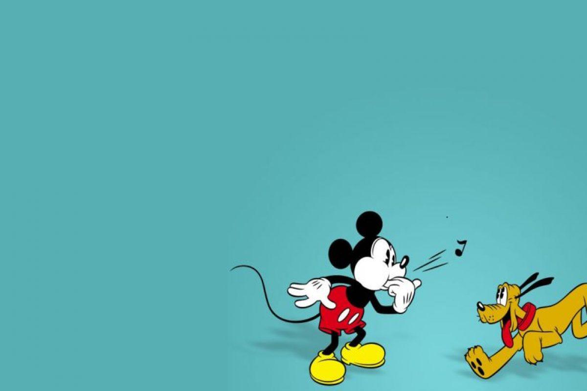 """Mickey también tenía un amigo gigoló, que se prostituyó en frente de él. Esto sucede en la tira """"Making hay While The Sun Shines"""". Foto:vía Disney. Imagen Por:"""