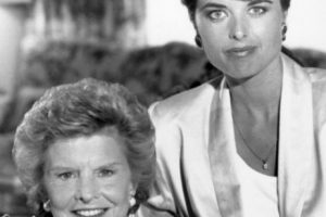 En el siglo XIX María Shriver sería la mujer ideal: viene de familia aristocrática (los Kennedy), su belleza es indiscutible y es una mujer preparada, ya que es presentadora y periodista. Foto:vía Getty Images. Imagen Por: