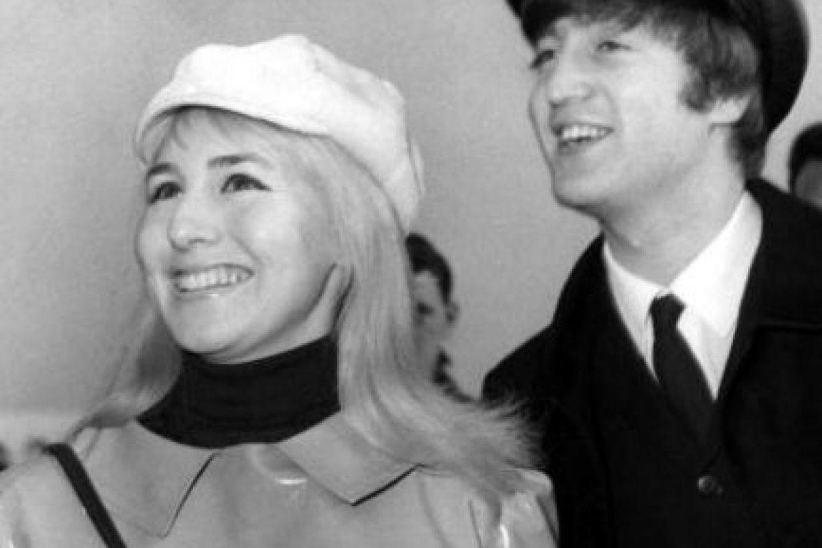 Se casó con Cynthia muy joven y pronto la vio como un estorbo en su carrera y su vida. Foto:vía Getty Images. Imagen Por: