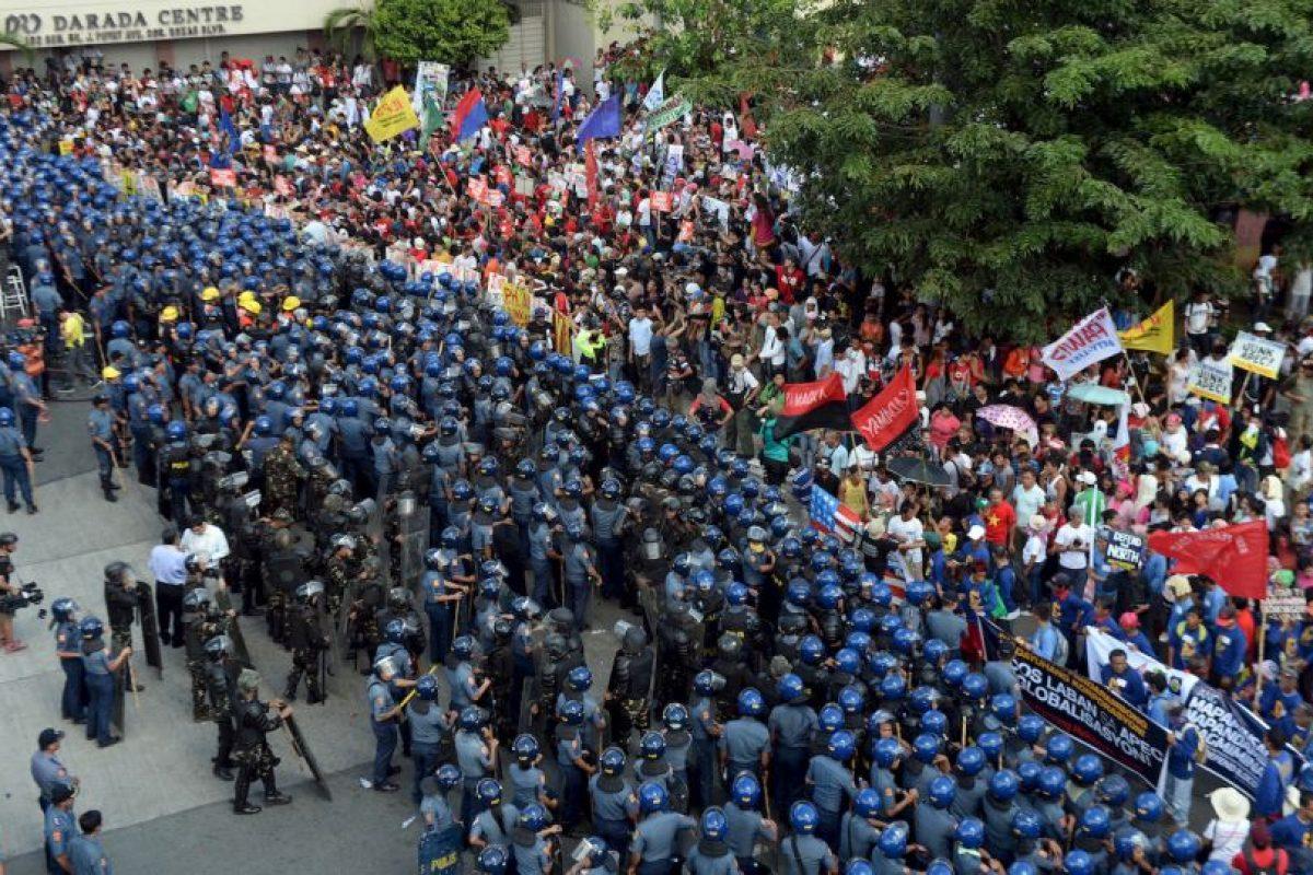 Se desplegaron más de 20 mil policías en Manila. Foto:AFP. Imagen Por: