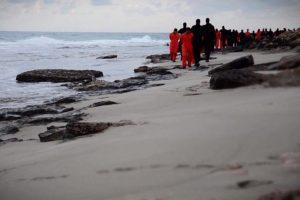 Las atrocidades cometidas por el grupo yihadista Estado Islámico han impactado al mundo: secuestros, asesinatos a sangre fría y atentados contra civiles. Foto:AFP. Imagen Por: