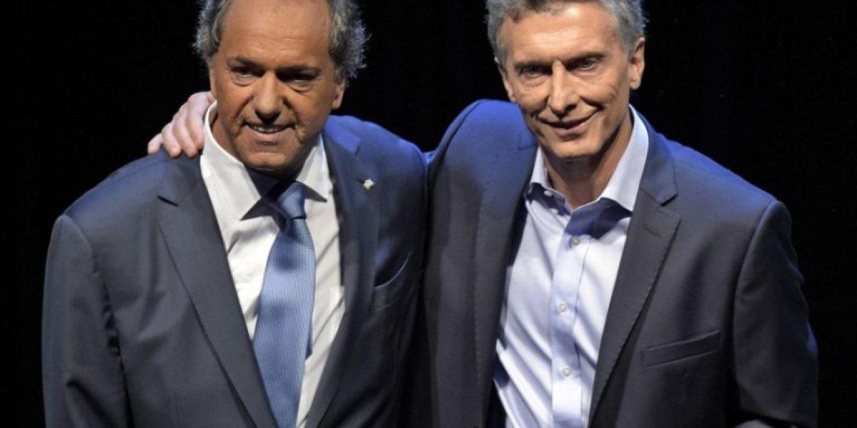 Argentina decide si Macri o Scioli sucederá a presidenta Kirchner