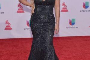 Con este vestido negro, Liza Hernande posó para los paparazzi Foto:Getty Images. Imagen Por: