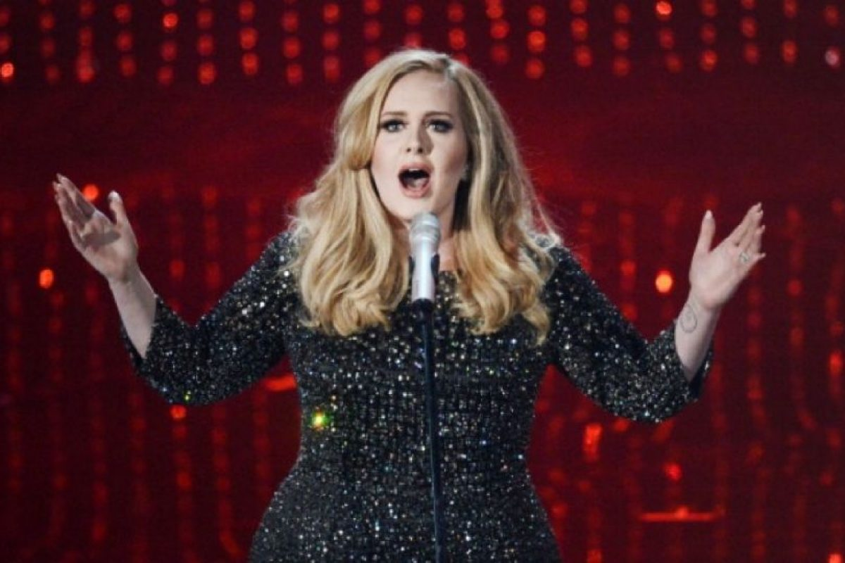 """Adele quiere que compren físico su disco """"25"""". Foto:Getty Images. Imagen Por:"""