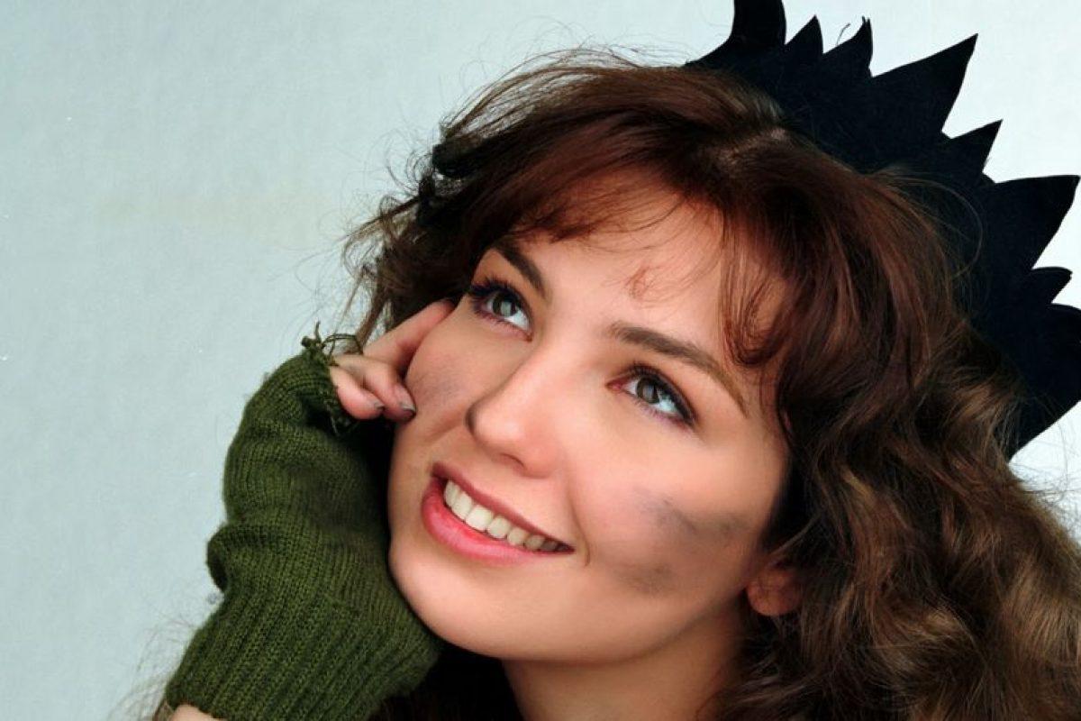 """Como """"María la del Barrio"""" con su coronita. Foto:vía Canal de las Estrellas. Imagen Por:"""