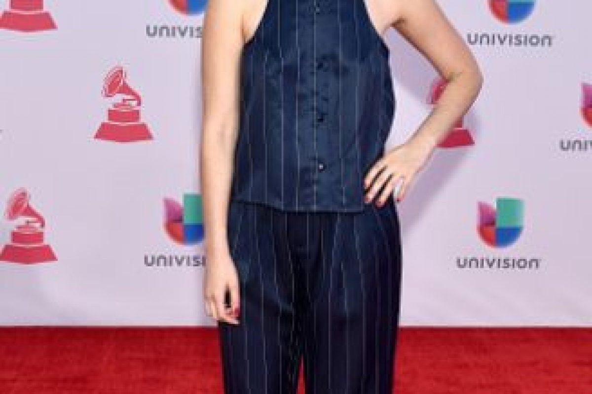 """Javiera Mena quiso ser """"distinta"""" pero con los materiales más baratos posibles. Foto:vía Getty Images. Imagen Por:"""