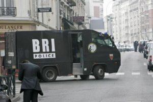 El comando aseguró en la entrevista que a su llegada vio cientos de cuerpos tirados en el suelo Foto:Vía facebook.com/BRI. Imagen Por: