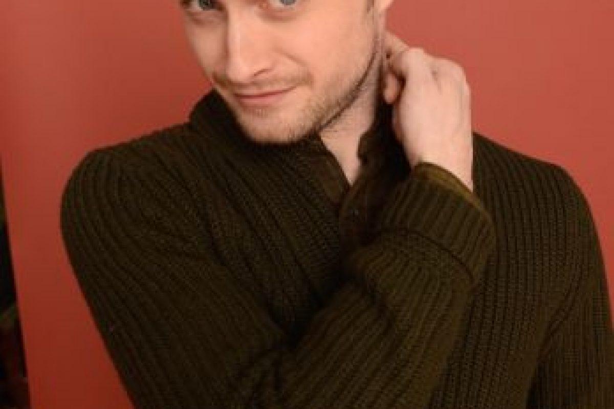 """Interpretar al mago más popular del cine no fue una tarea sencilla para el actor. Radcliffe le confesó a la revista británica """"GQ"""" que comenzó a beber """"para disfrutar algo de la vida"""". Foto:Getty Images. Imagen Por:"""
