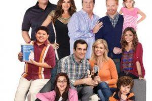 "Además del elenco de la serie ""Modern Family"". Foto:IMDb. Imagen Por:"