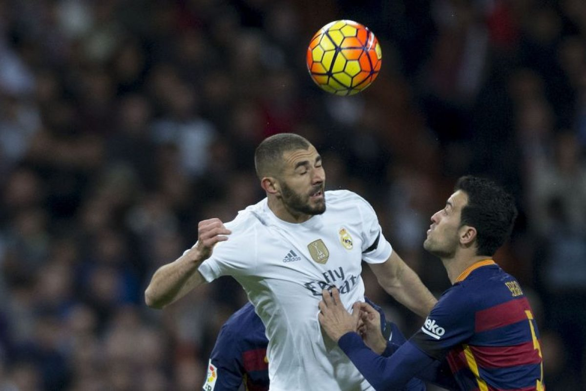 Karim Benzema tuvo un opaco partido. Foto:AFP. Imagen Por: