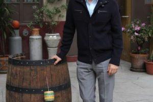 """Roberto Gómez Fernández, hijo de """"Chespirito"""", los invita a recorrer la vecindad. Foto:Nicolás Corte. Imagen Por:"""