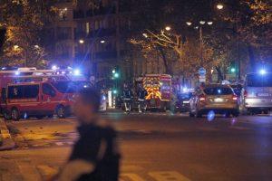 Las versiones sin fundamento indican que los supuestos héroes abatieron a los terroristas en un restaurante parisino. Foto:Getty Images. Imagen Por: