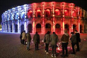El Coliseo de Roma encendió las luces de la bandera de Francia. Foto:Getty Images. Imagen Por: