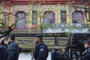"""Hasta el día de hoy, """"Le Bataclan"""" sigue cerrado Foto:Getty Images. Imagen Por:"""