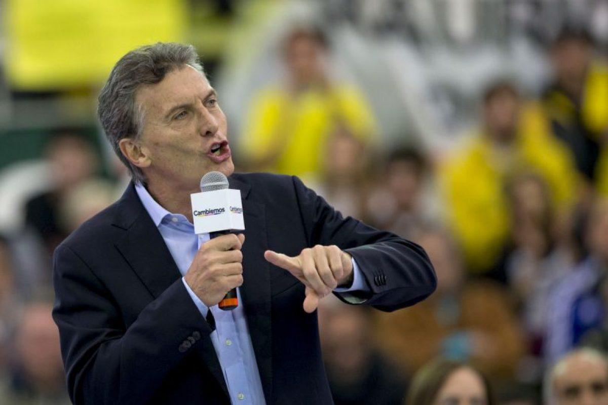 El candidato opositor Mauricio Macri, lidera la intención de voto para el balotaje Foto:AP. Imagen Por: