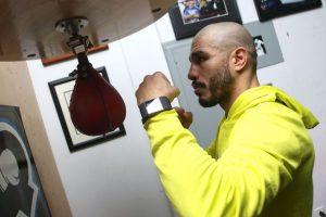 10. Cotto estuvo invicto por 32 peleas, hasta que cayó con Antonio Margarito en 2008 Foto:Getty Images. Imagen Por: