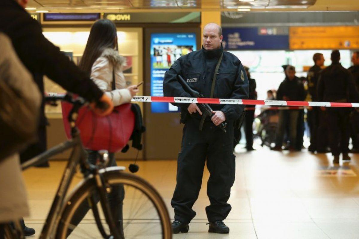 De acuerdo a otro medio, el Hannoversche Allgemeine Zeitung adelantó el pasado viernes que la célula yihadista presuntamente estaba compuesta por cinco personas Foto:Getty Images. Imagen Por: