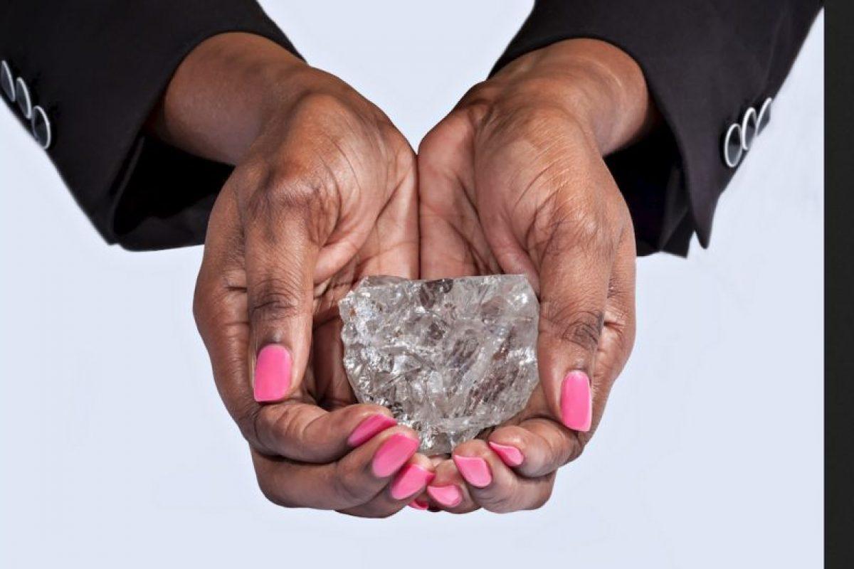 Así luce el diamante descubierto al sur de África. Foto:Vía lucaradiamond.com. Imagen Por: