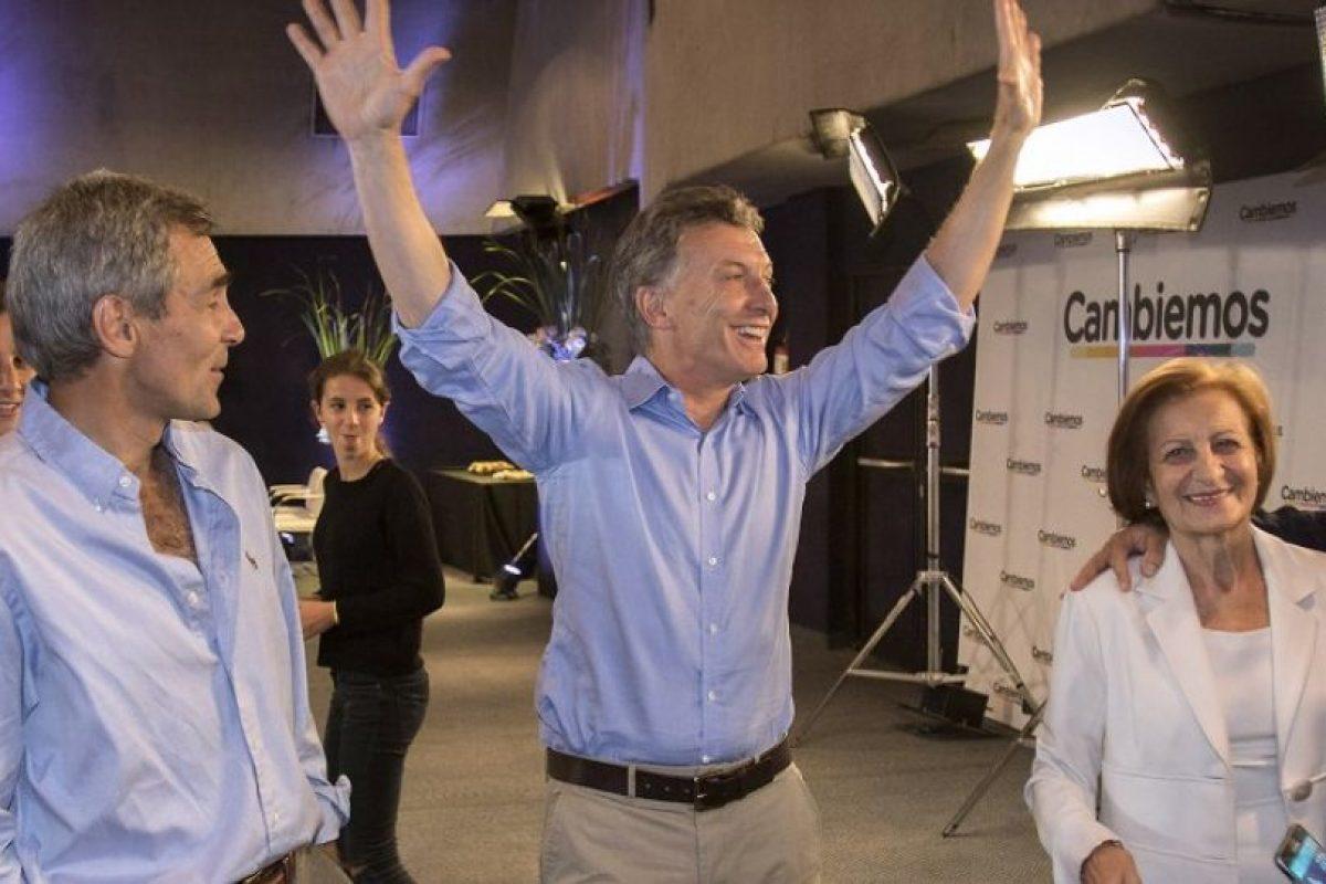 Esta fue su reacción al llegar al búnker Foto:AFP. Imagen Por: