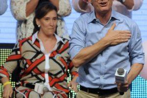 2. Macri se coronó como presidente de Argentina al lograr un 51.4 % de los votos en la segunda vuelta frente a Daniel Scioli, quien obtuvo un 48.6%. Foto:AFP. Imagen Por: