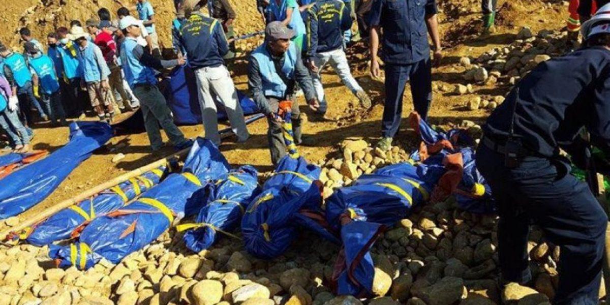 Al menos 104 muertos por alud de tierra en Birmania