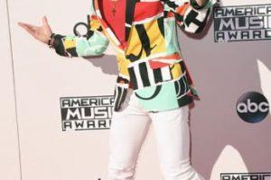 Frankie Grande recibiendo a las celebridades en los AMAs2015. Foto:Getty Images. Imagen Por: