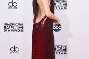 Selena Gomez fue la primera en deslumbrar con su escote. Foto:Getty Images. Imagen Por: