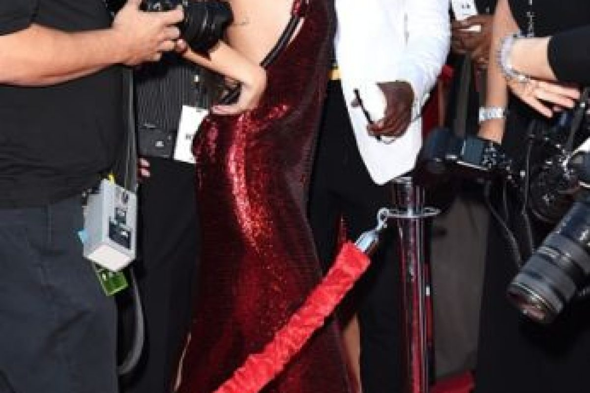 Así lució en la alfombra roja. Foto:Getty Images. Imagen Por: