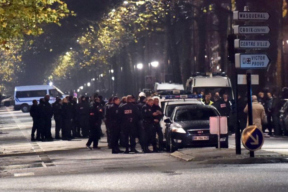 Equipos especiales se presentaron en la escena del crimen Foto:AFP. Imagen Por: