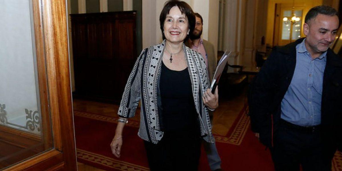 ¿Tiene mérito la acusación constitucional a la ministra de Salud?