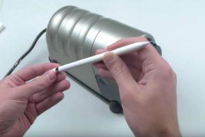 Apple Pencil ante otra prueba de resistencia. Foto:vía TechRax / YouTube. Imagen Por: