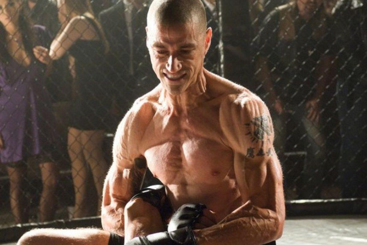 Durante la cinta, se puede ver el radical cambio de peso del actor. Foto:Amazon. Imagen Por: