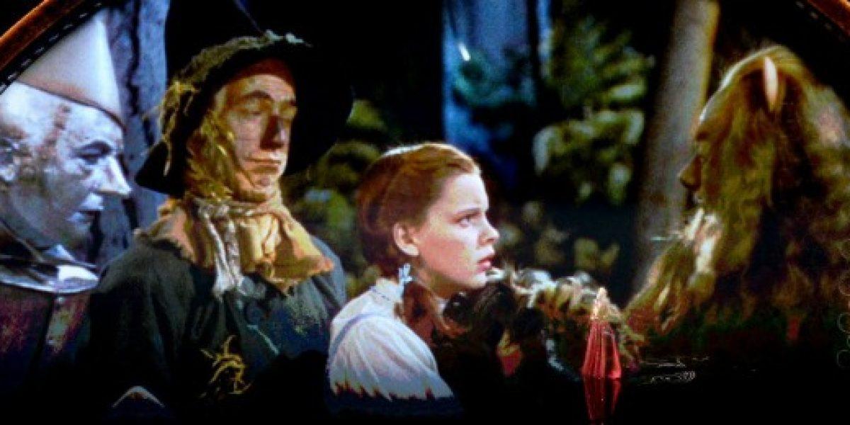 Adivina en cuánto fue subastado el vestido de Dorothy de