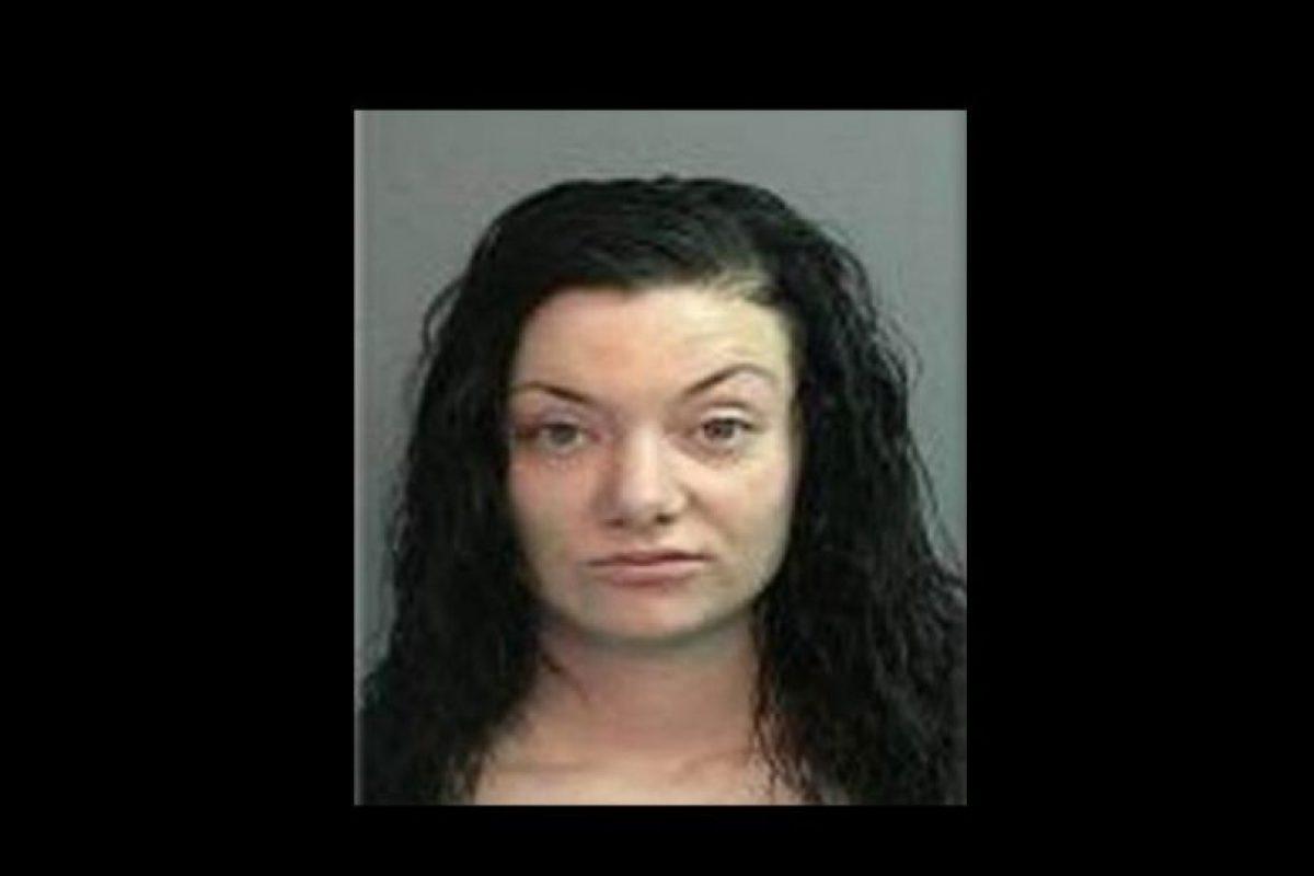 Esta mujer prefirió engañar a la Policía que dejar que la detuvieran por manejar en estado de ebriedad. Foto:Vía Wayne Police. Imagen Por: